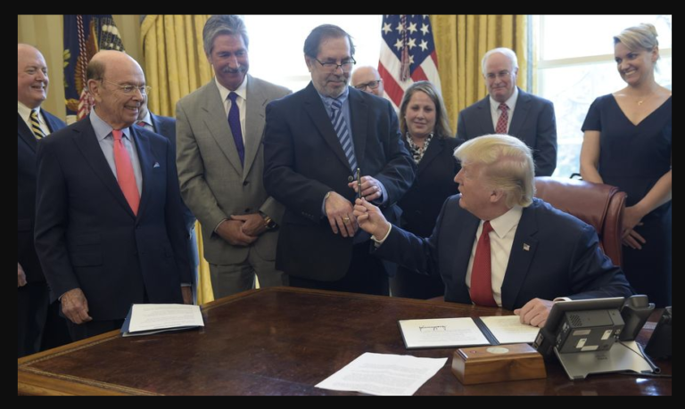 Steelworkers union president meets with Trump