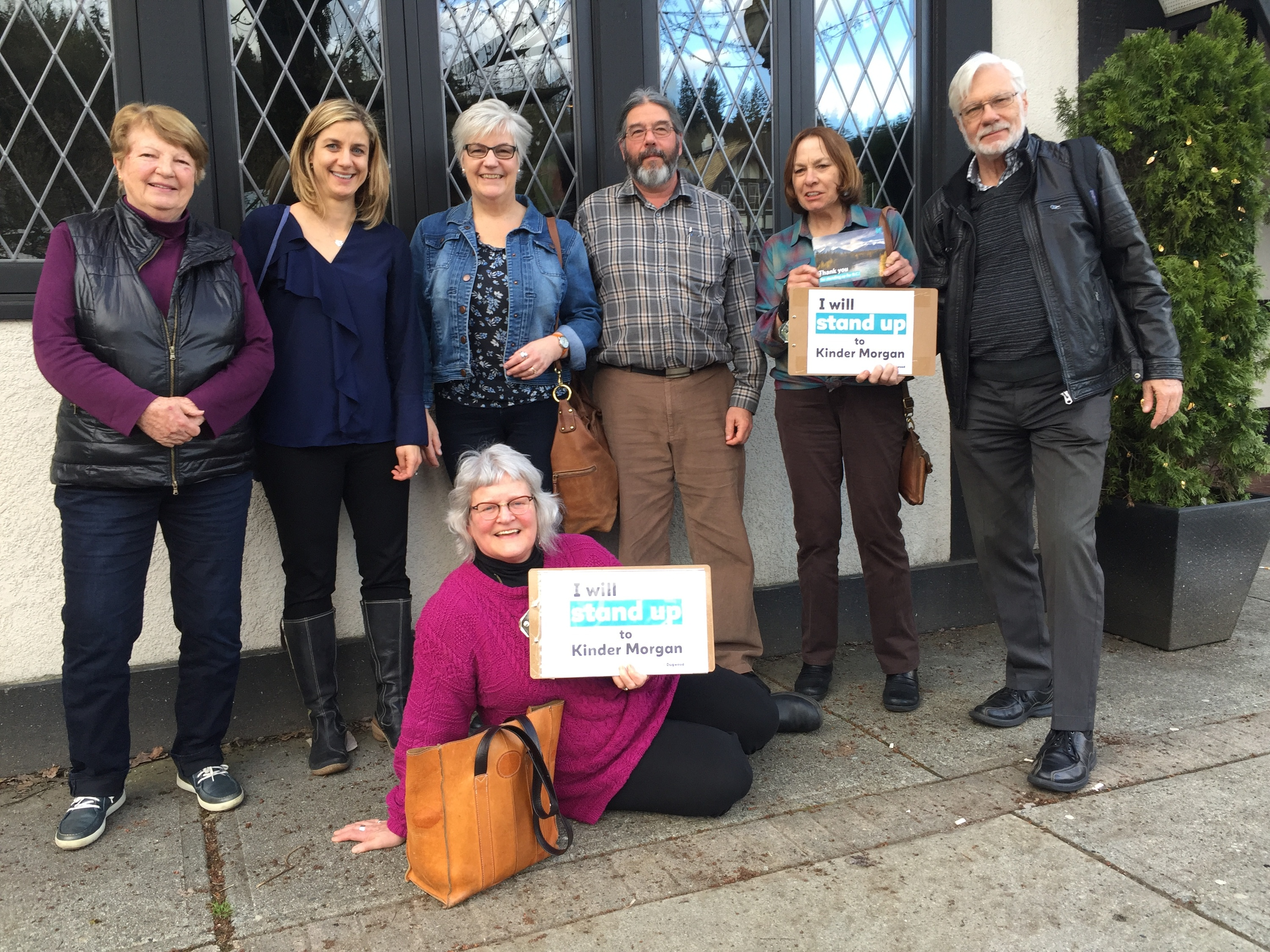 Tri Cities Team Members Canvassing to stop Kinder Morgan
